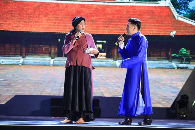 Quang Hà ôm mẹ khóc ngất sau sự cố cháy sân khấu, Đan Trường - Hoài Linh nói điều khiến ai cũng rơi nước mắt - Ảnh 6.