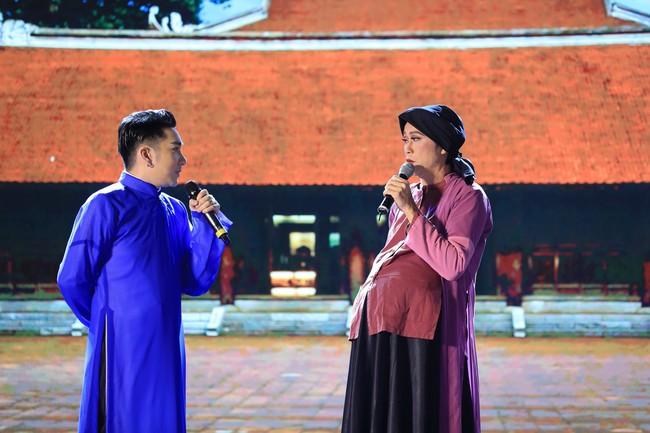 Quang Hà ôm mẹ khóc ngất sau sự cố cháy sân khấu, Đan Trường - Hoài Linh nói điều khiến ai cũng rơi nước mắt - Ảnh 7.