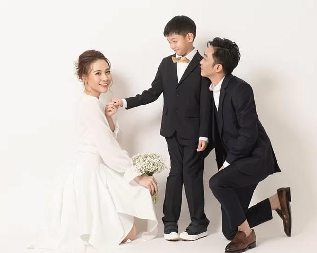 Cường Đô La đăng ảnh thân thiết bên con trai Subeo, bình luận của Đàm Thu Trang lại gây thích thú - Ảnh 4.