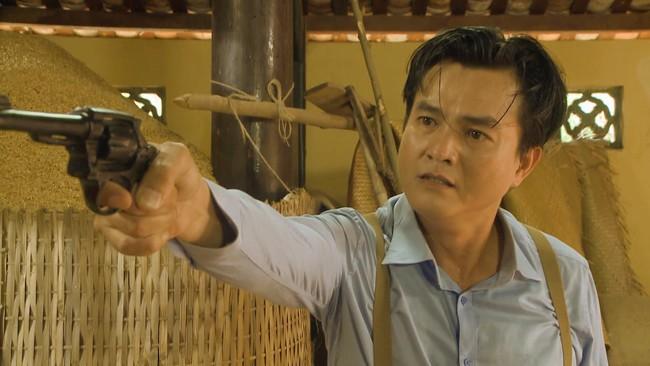 """""""Tiếng sét trong mưa"""": Quay cảnh ôm bụng bầu tự sát lúc 3 giờ sáng, Nhật Kim Anh kể chi tiết rùng mình - Ảnh 1."""