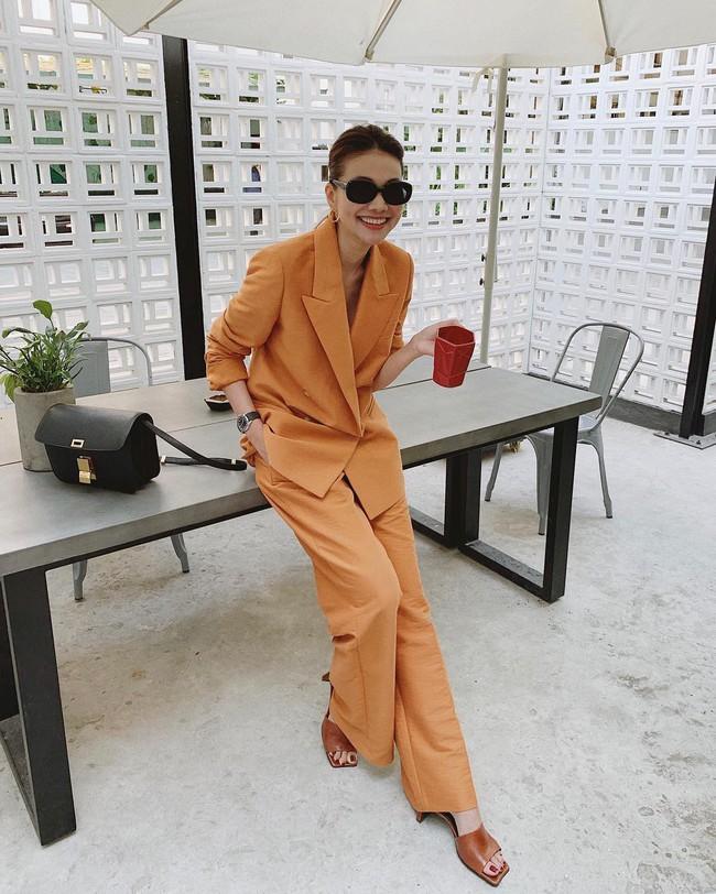 Vbiz có 3 tấm gương mặc áo blazer siêu đẹp siêu chất, đó là Phạm Thanh Hằng, Hương Giang và Yến Trang - Ảnh 1.