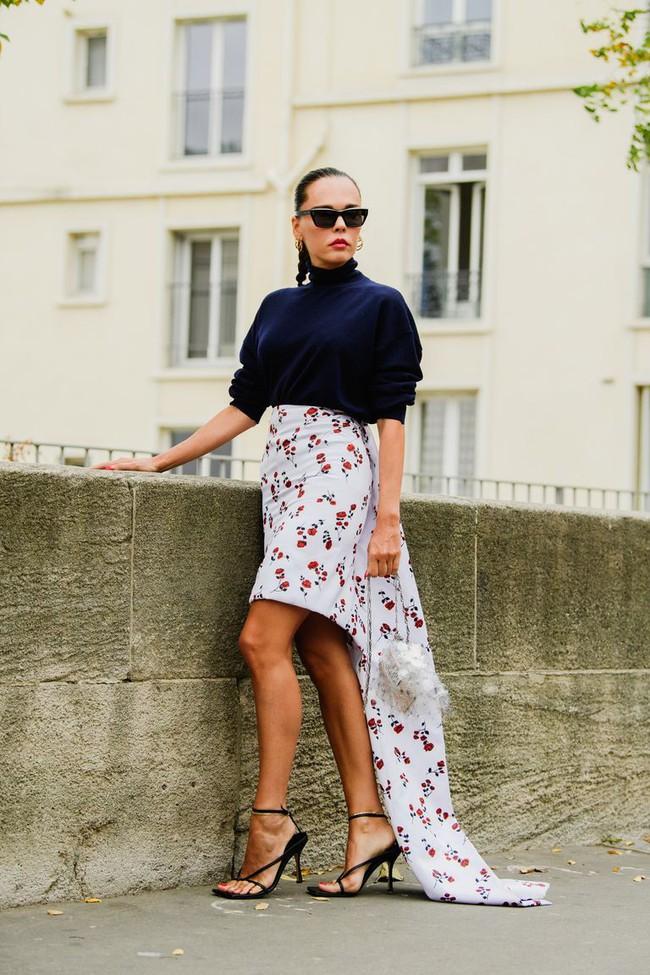 Ngắm street style tại Tuần lễ thời trang Paris, nàng công sở cũng rút ra được vô số tips mix đồ cho mùa mới  - Ảnh 14.