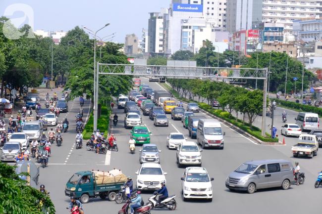 """TP.HCM, Hà Nội liên tục bị cảnh báo không khí """"có hại cho sức khỏe"""": Coi chừng đột quỵ, suy dinh dưỡng bào thai - Ảnh 1."""