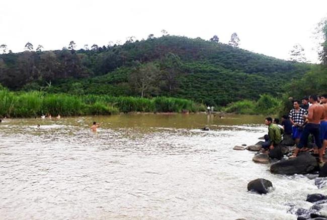 Hai chị em ruột chết đuối khi tắm hồ ở Lâm Đồng - Ảnh 1.