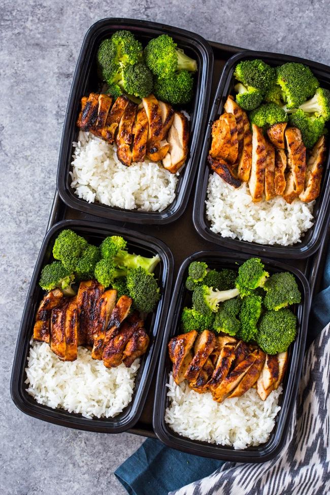 4 tips giúp bạn ăn ít đi, áp dụng từ giờ thì không lo phát tướng sau Tết, có khi còn gầy hẳn - Ảnh 5.