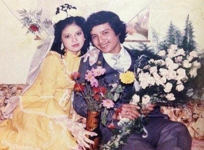 Từng có một câu chuyện ngôn tình Chí Trung - Ngọc Huyền: Cành vàng lá ngọc đi theo tiếng gọi tình yêu với chàng nghệ sĩ nghèo, để rồi kết thúc 30 năm hôn nhân trong lặng lẽ - Ảnh 3.