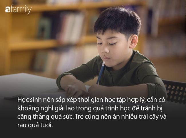 Thức khuya làm bài tập ôn thi, sáng hôm sau, bé trai 13 tuổi bị chẩn đoán mắc bệnh viêm não tự miễn - Ảnh 2.