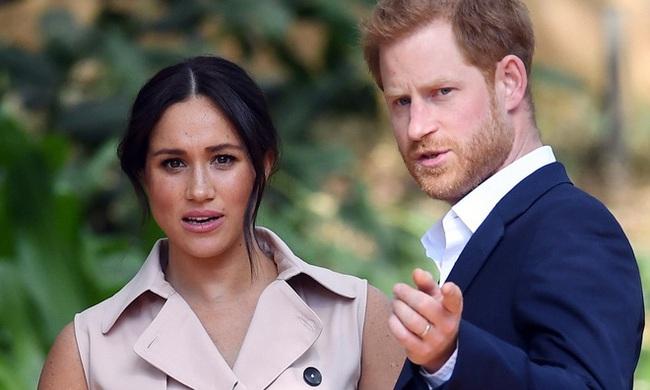 Lý do thực sự khiến Hoàng tử Harry chống lại cả gia đình, nhanh chóng muốn đi theo Meghan Markle rời khỏi quê hương - Ảnh 1.