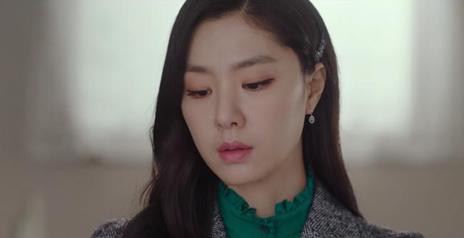 """""""Vợ sắp cưới"""" của Hyun Bin có một tuyệt chiêu làm điệu cho tóc giúp thu gọn mặt, độ sang chảnh tăng tột bậc - Ảnh 6."""