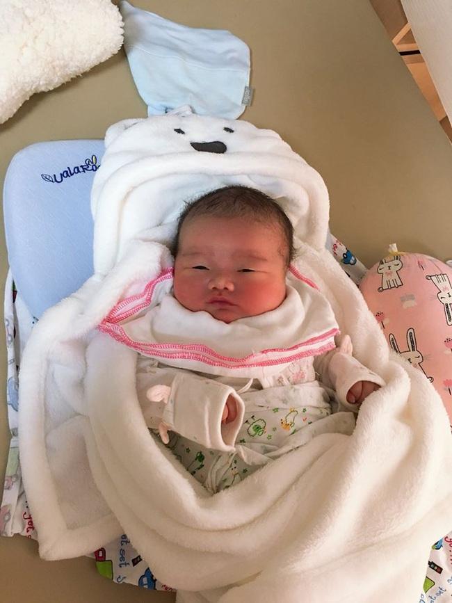 Bé trai sơ sinh nặng 5,1kg chào đời tại Trung tâm Sản Nhi  Phú Thọ  - Ảnh 3.