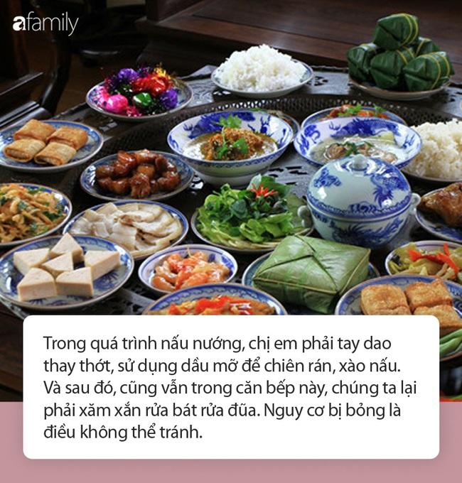 Vào bếp ngày Tết vui thật vui nhưng hãy trang bị kỹ năng sơ cứu đúng nếu chẳng may bị bỏng - Ảnh 1.