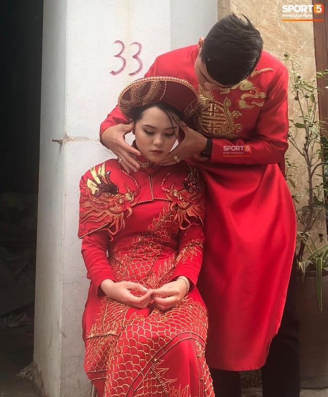 Duy Mạnh rước cô dâu Quỳnh Anh về nhà ở Đông Anh, nhưng đến nơi phải ngồi đợi vì... nhà gái lạc đường - Ảnh 5.