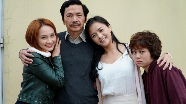 """""""Về nhà đi con"""" - """"Tiếng sét trong mưa"""" của Bảo Thanh - Nhật Kim Anh thống trị, làm điều chưa từng có là kéo khán giả về màn ảnh nhỏ  - Ảnh 4."""