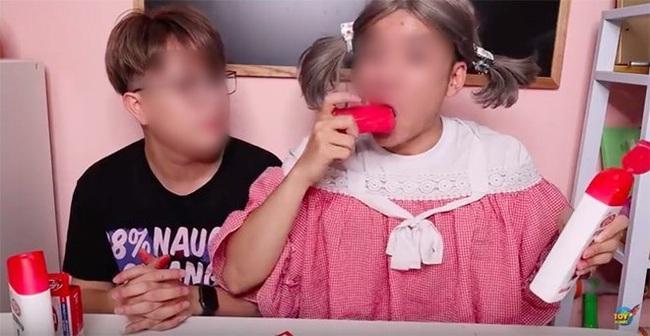 Phẫn nộ: Kênh Youtube chuyên làm các video dành cho trẻ nhưng lại hướng dẫn trẻ em ăn xà phòng, uống nước rửa bát - Ảnh 2.