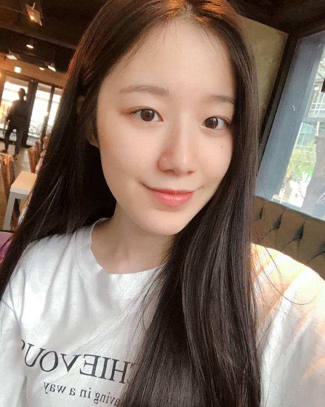 7 nữ idol Kpop chia sẻ bí mật chăm da đẹp phát hờn, có tips nghe hơi kỳ nhưng hiệu quả mang lại thì hết ý - Ảnh 2.