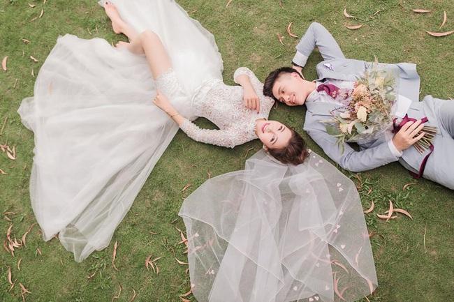 """Vợ Phan Văn Đức khoe bộ ảnh cưới nhận về số lượt like kỷ lục, tuy nhiên có một tấm hình nhìn sao cũng thấy """"sai sai"""" - Ảnh 7."""