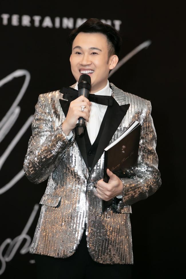 Bảo Anh khoe tóc trắng cá tính, diện váy gợi cảm đến chúc mừng Dương Triệu Vũ - Ảnh 5.