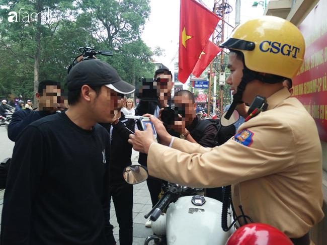 Hà Nội: Uống 2 chén rượu bị phạt gần chục triệu, tạm giữ giấy phép lái xe 7 ngày - Ảnh 5.