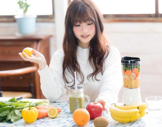 Thường xuyên được khuyên ăn rau củ trái cây sẽ tốt cho sức khỏe, nhưng với 9 loại rau củ sau nếu ăn sai thời điểm chỉ có rước bệnh vào người - Ảnh 1.