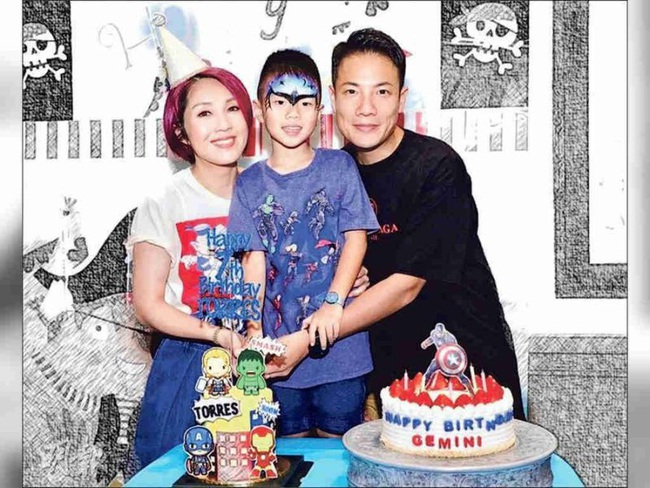Ảnh hậu Hồng Kông sinh con mặt mũi bị bầm tím, đến 7 năm sau mới tiết lộ nguyên nhân thực sự - Ảnh 4.