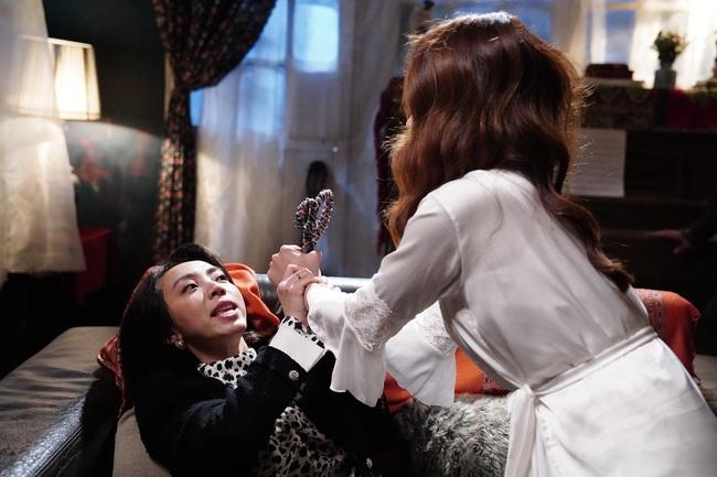 """""""Đôi mắt âm dương"""": Thu Trang bị Bảo Thanh đập vào đầu, sợ không dám đi ngủ vì tự nói chuyện một mình - Ảnh 5."""