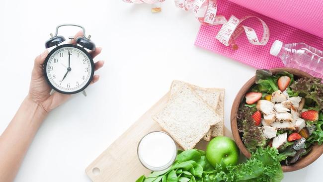 """Phương pháp nhịn ăn gián đoạn an toàn giúp cải thiện sức khỏe sau một thời gian ăn uống """"thả ga"""" trong kỳ nghỉ - Ảnh 3."""
