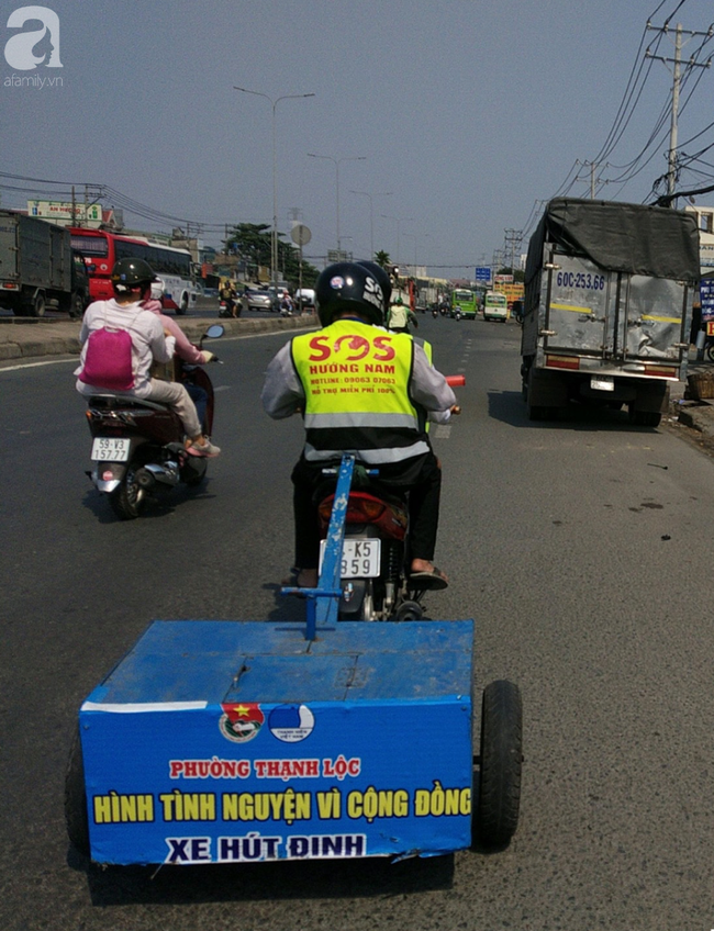 Người dân từ TP.HCM về quê ăn Tết cẩn thận mang hoạ: Mới 2 ngày phát hiện nhiều ký đinh trên quốc lộ 1A - Ảnh 1.