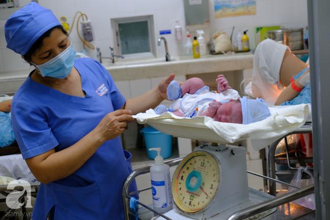 2 bé trai, 2 bé gái tại TP.HCM sinh đúng thời khắc đầu tiên của năm Canh Tý 2020 - Ảnh 6.