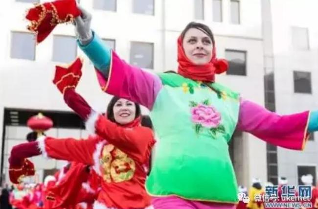 """Tết của những người Trung Quốc xa xứ: Từ tổ chức """"Xuân Vãn"""" ở xứ người đến các hoạt động """"Ăn Tết trực tuyến"""" qua mạng Internet - Ảnh 8."""