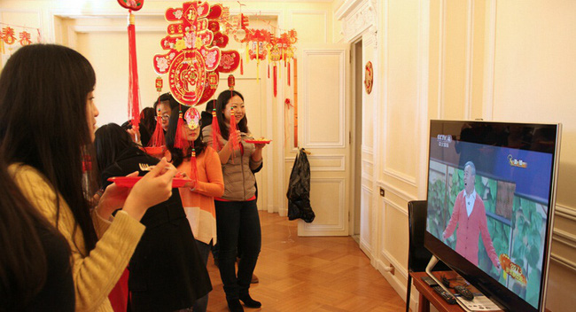"""Tết của những người Trung Quốc xa xứ: Từ tổ chức """"Xuân Vãn"""" ở xứ người đến các hoạt động """"Ăn Tết trực tuyến"""" qua mạng Internet - Ảnh 4."""