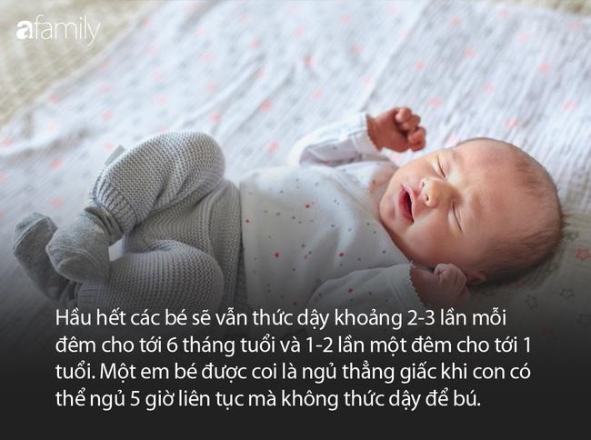 Con được sinh ra để bế bồng, ủ ấm chứ không phải để... ngủ xuyên đêm - Ảnh 5.