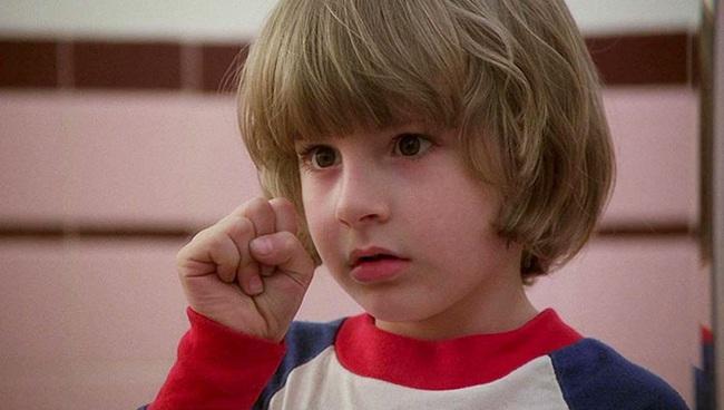 Được mời đóng siêu phẩm kinh dị The Shining, cậu bé 6 tuổi sau nhiều năm mới nhận ra năm xưa mình bị cả đoàn làm phim lừa ngoạn mục - Ảnh 2.