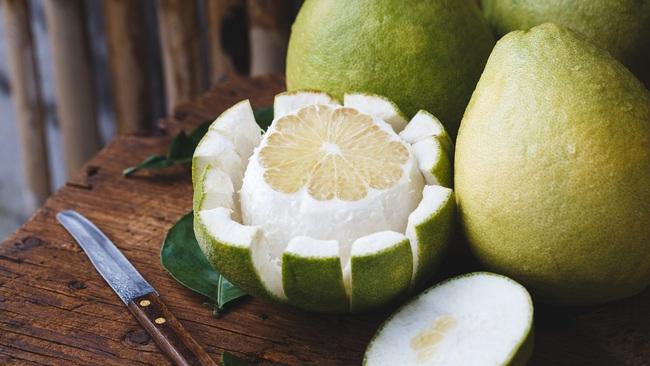 Chăm ăn 7 loại trái cây này thì sau Tết có béo hơn, bạn cũng sớm lấy lại được thân hình siêu thon nuột - Ảnh 1.