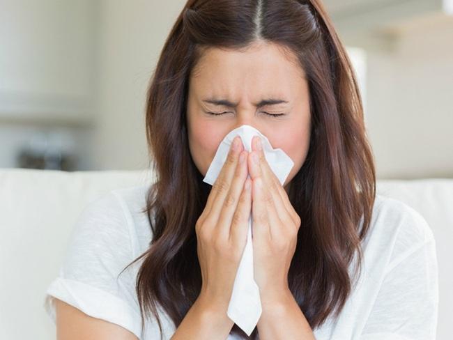 Điểm danh 5 kiểu người chốn công sở chị em cần tránh xa để phòng trừ sự lây lan dịch viêm phổi cấp Virus Corona - Ảnh 2.