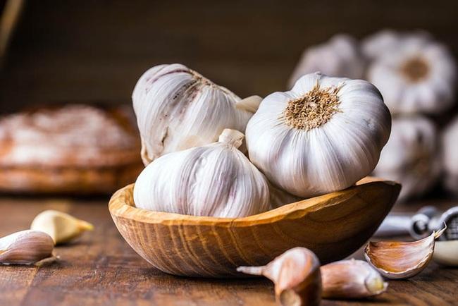 Không cần phải tốn tiền vào thuốc bổ bạc triệu, 13 loại rau củ rẻ tiền sau sẽ giúp tăng cường sức đề kháng, giúp chống lại virus hiệu quả - Ảnh 2.