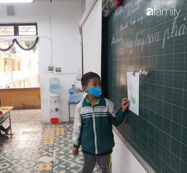 Trước thông tin phát hiện thêm trường hợp nhiễm virus Corona, một trường học ở Hà Nội yêu cầu 100% học sinh đeo khẩu trang đến lớp - Ảnh 3.