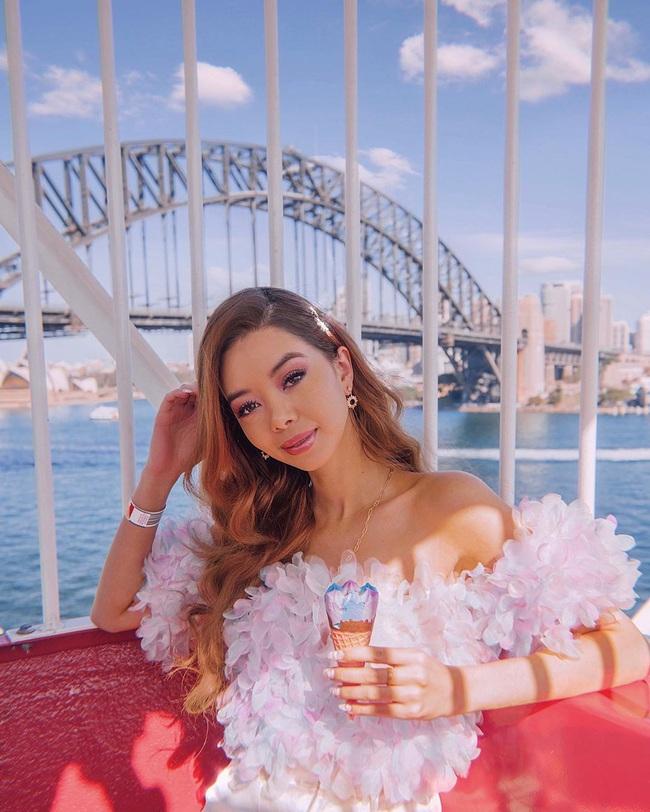Nữ blogger kiếm 18 tỷ/năm chỉ nhờ đi du lịch khắp thế giới, đăng một ảnh được 200 triệu - Ảnh 1.