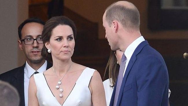 Công nương Kate dính nghi án nổi trận lôi đình khi phát hiện Hoàng tử William vẫn lén lút liên lạc với kẻ thứ 3 - Ảnh 1.