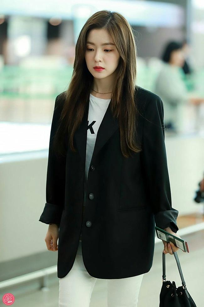 Mấy nàng Red Velvet diện blazer theo 11 cách cực trẻ và chất, bạn không tham khảo thì Tết này thiệt mất mấy phần sành điệu - Ảnh 3.
