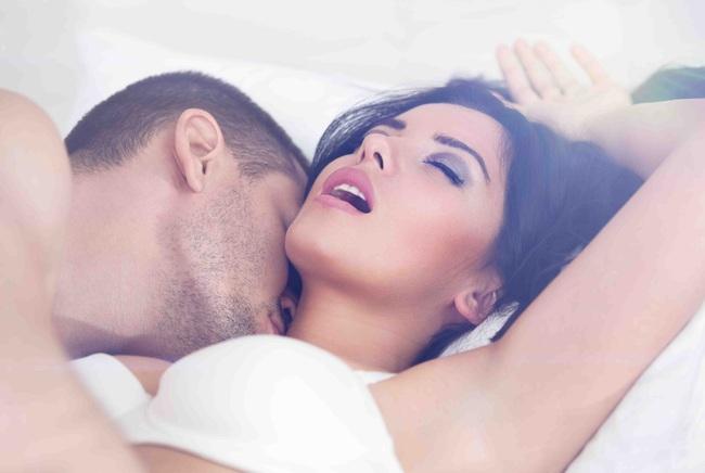 """Đàn ông ngoại tình dễ bị gãy """"của quý"""" và 9 sự thật kỳ thú về tình yêu và tình dục - Ảnh 2."""