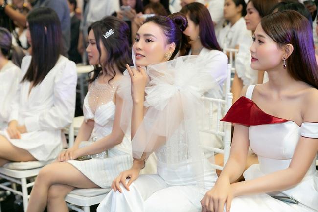Ninh Dương Lan Ngọc hát live cực hay ho, vừa xuất hiện đã khiến fan náo loạn  - Ảnh 11.