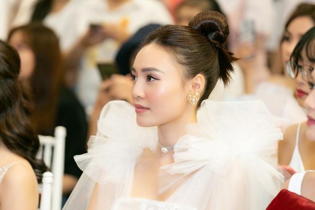 Ninh Dương Lan Ngọc hát live cực hay ho, vừa xuất hiện đã khiến fan náo loạn  - Ảnh 12.