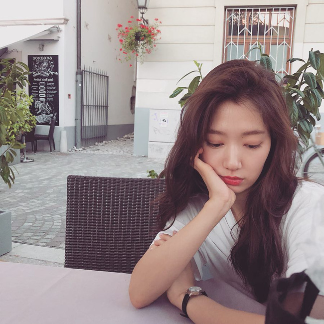 Muốn tóc mình suôn đẹp chuẩn mực như tóc của Song Hye Kyo, Park Shin Hye cùng loạt sao Hàn thì bạn phải nghe 7 bí kíp từ họ - Ảnh 6.