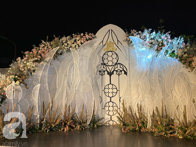 """Cô dâu trong """"siêu đám cưới"""" ở Thái Nguyên chính thức lên tiếng tiết lộ về chuyện tình yêu và lễ cưới với những con số """"đủ sức làm choáng"""" - Ảnh 6."""