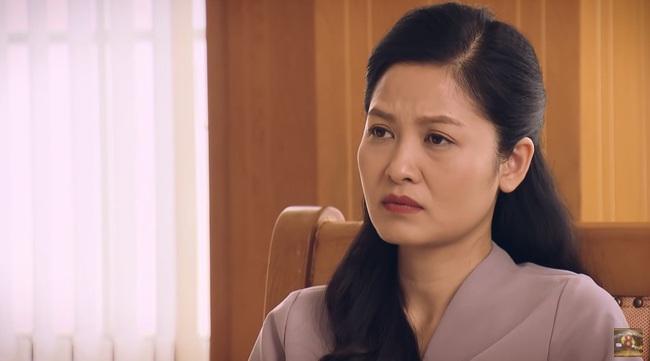"""""""Sinh tử"""" tập 45: Chí Nhân ghen ra mặt, cảnh cáo Quỳnh Nga chuyện đi tiếp khách cho Việt Anh - Ảnh 7."""