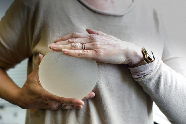 Dùng silicone nâng ngực, nâng mông chắc chắn nhận kết đắng khó phục hồi lại hình dạng ban đầu! - Ảnh 6.