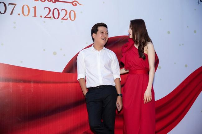 """Vợ chồng Nhã Phương - Trường Giang gây sốt với loạt ảnh """"tình bể bình"""" khiến không ít người ganh tỵ - Ảnh 4."""