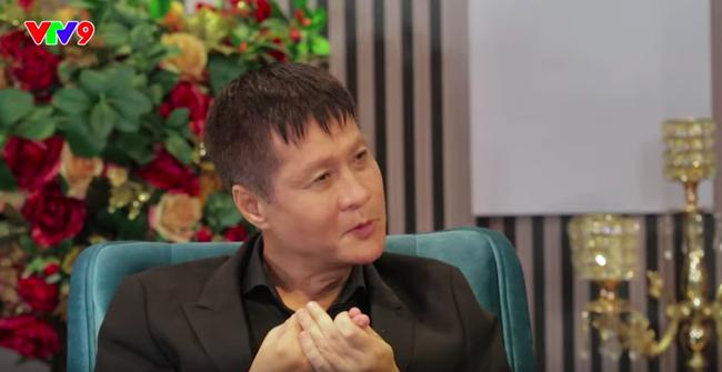Đạo diễn Lê Hoàng lại vỗ mặt ở showbiz: Nhiều MC không có gì đáng quan tâm ngoài chuyện đời tư - Ảnh 3.