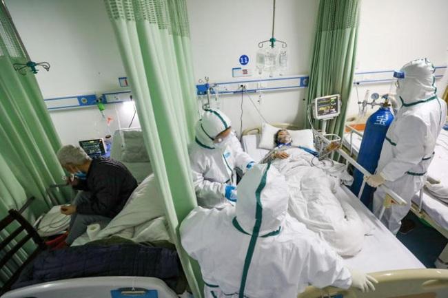 Cập nhật: 2 trong số các trường hợp nhiễm virus corona mới ở Anh là nhân viên y tế, hơn 1.000 đã chết, WHO vẫn thúc giục thực hiện biện pháp này để ngăn chặn - Ảnh 4.