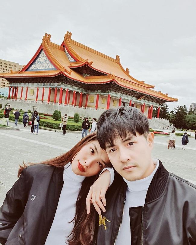 """Soi phong cách nịnh vợ """"không ai giống ai"""" của bộ ba ông chồng nổi tiếng nhất showbiz Việt hiện nay - Ảnh 8."""
